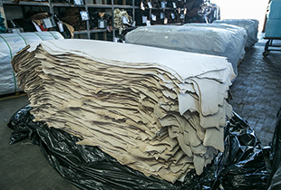 Pallet of leather in Sides